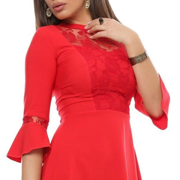 Rochie midi rosie cu decolteu
