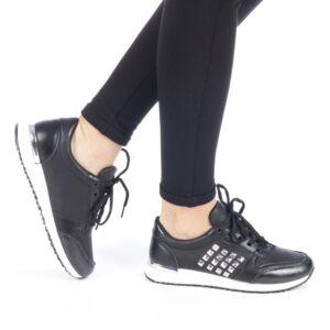 Adidasi negri pentru femei