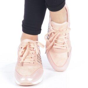 Adidasi roz pentru femei