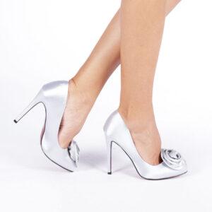 Pantofi eleganti cu toc diferite culori