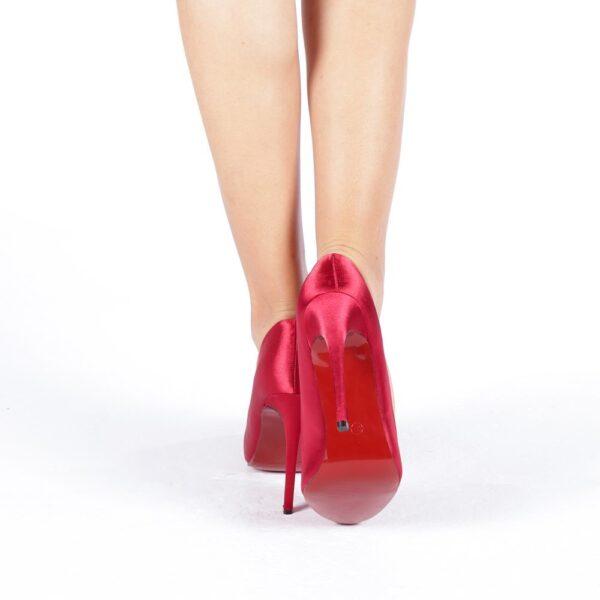 Pantofi rosi eleganti cu toc