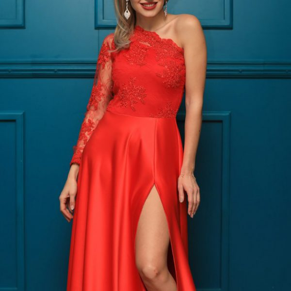 Rochie rosie din dantela pentru ocazii