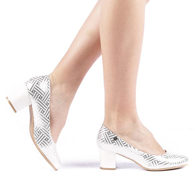 Pantofi argintii dama cu toc jos